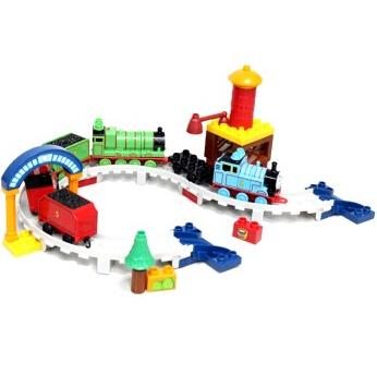 此玩具适合4岁以上的儿童玩耍,材质为塑料,带包装尺寸(长*宽*高)350*